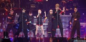 ARENA TOUR 2012001l.jpg